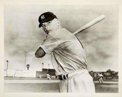 MICKEY MANTLE 1951 BOWMAN ROOKIE CARD PHOTO REPRINT